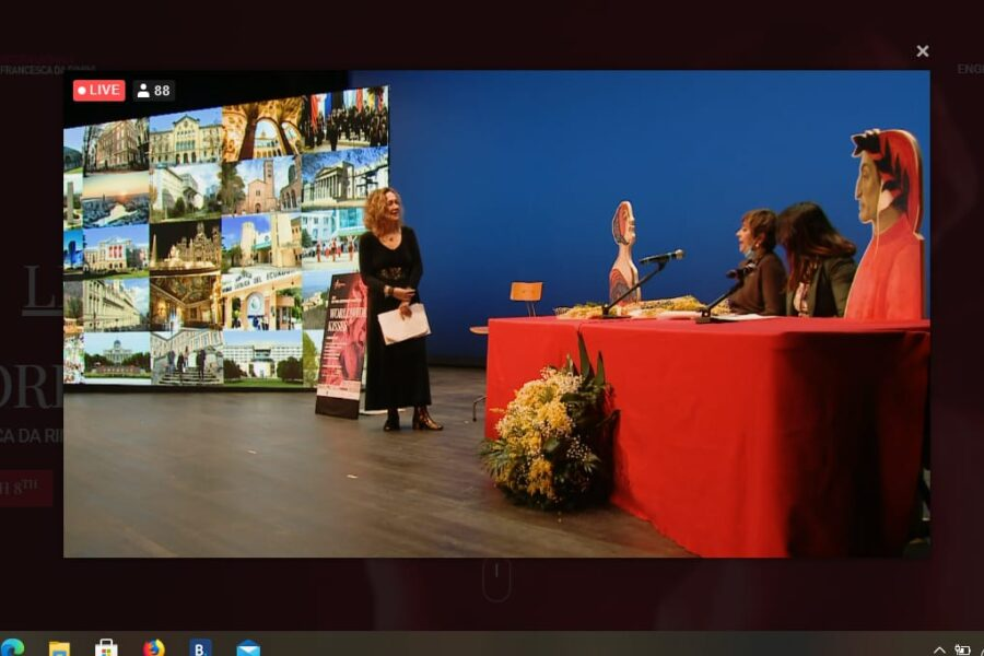 """Il 24 e 25 marzo Rimini proietterà sul Palazzo del Podestà i versi di Francesca interpretatI degli studenti a """"Baci dal Mondo"""""""