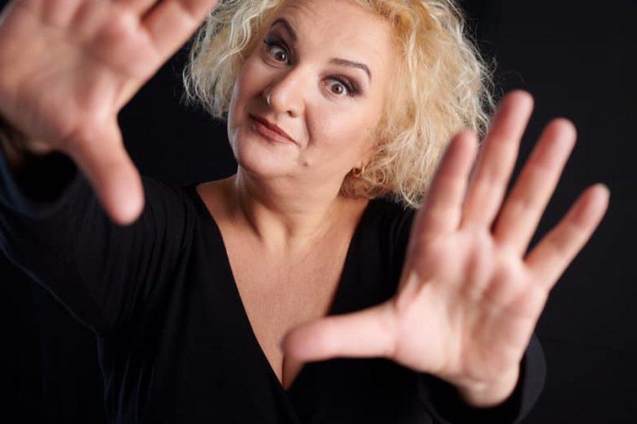 Villa Torlonia Teatro | Al via venerdì 22 ottobre con l'attrice romagnola Maria Pia Timo